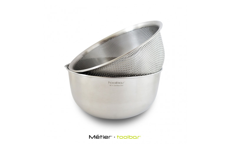 21cm Mixing Bowl and Colander